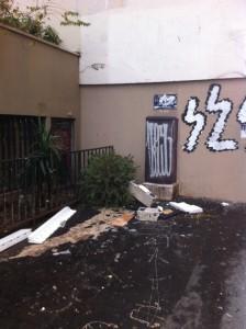 proprete tags retrait immeuble  14 RUE EDOUARD lOCROY
